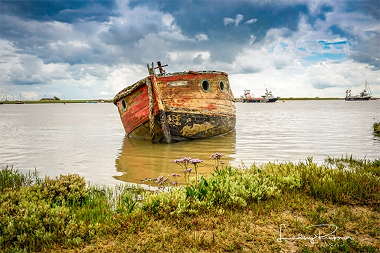 Art Safari Photographer - Lindsey Bucknor - wreck, Orford